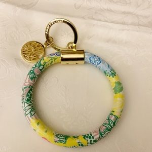 LILLY  PULITZER FLORAL LEATHERETTE KEY RING
